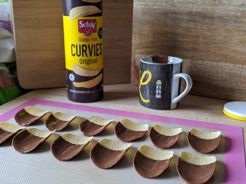 schar curvies chocolate dipped