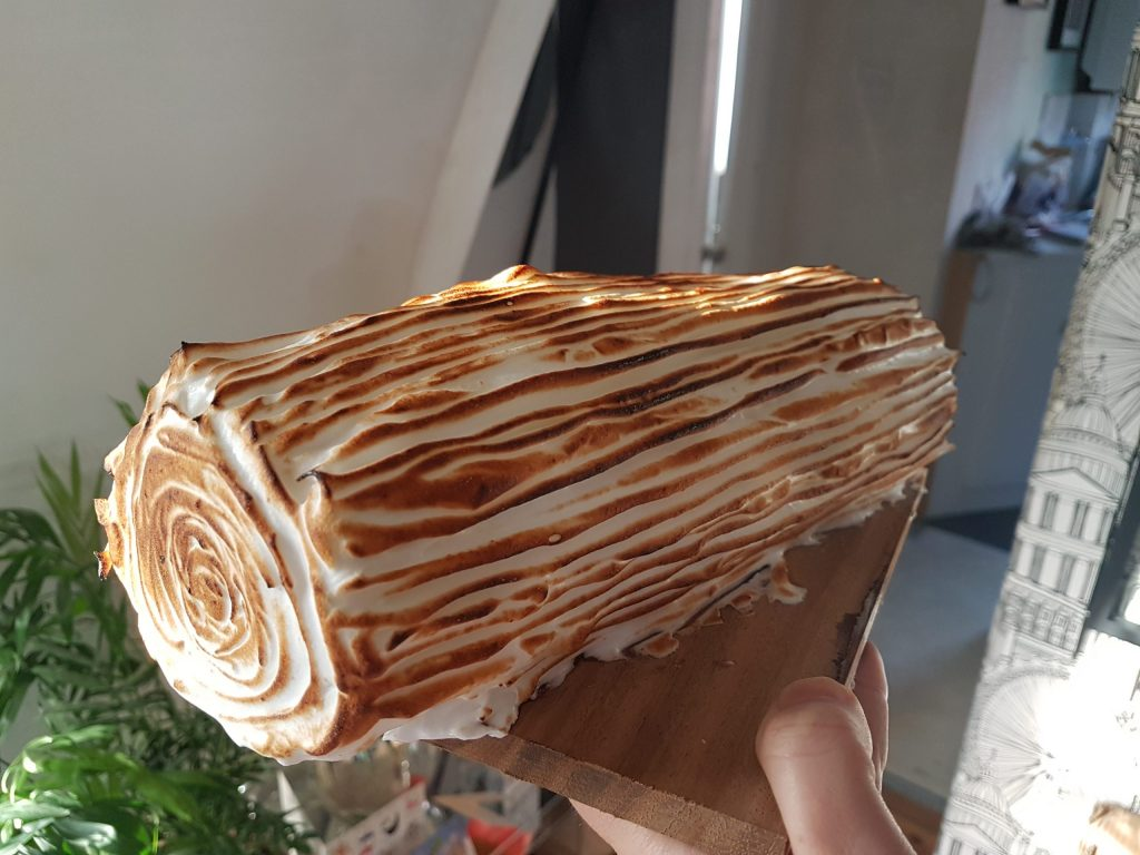 75 Gluten Free Desserts for the Festive Season - lemon meringue yule log
