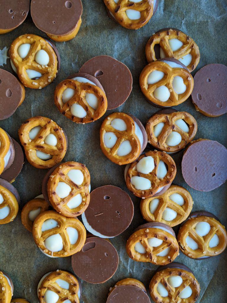 gluten free double chocolate pretzels