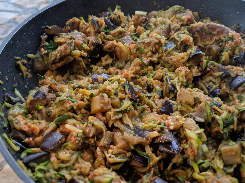 courgettes and aubergine pasta sauce