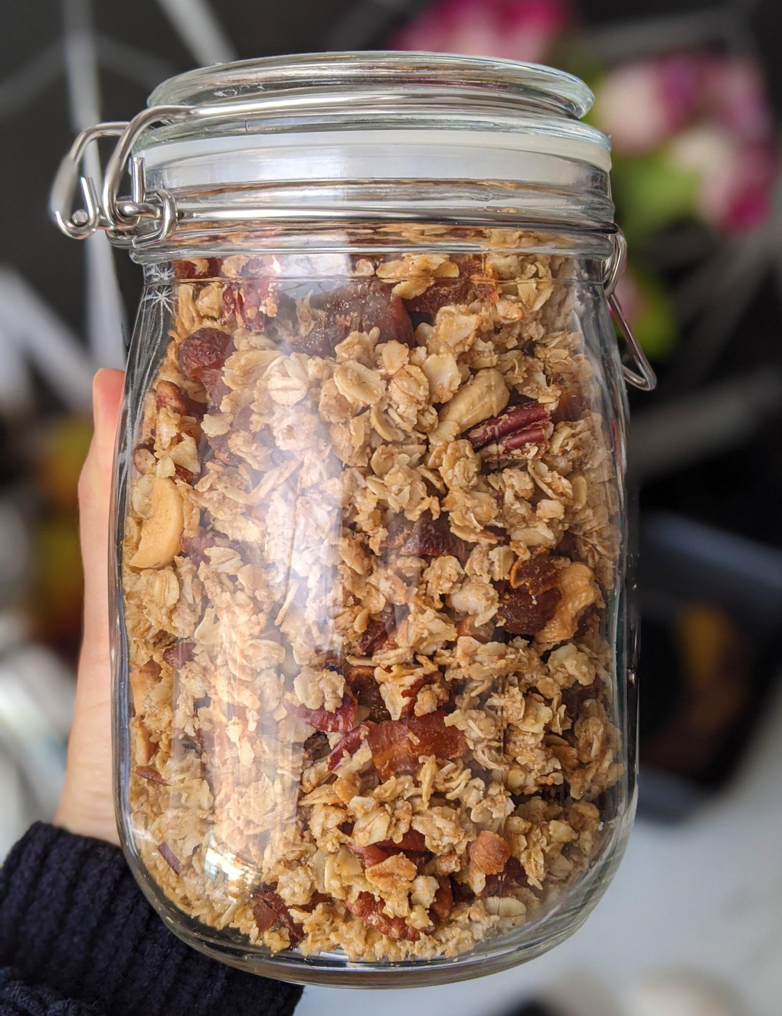 Granola à l'érable, aux pacanes et aux abricots (SG)