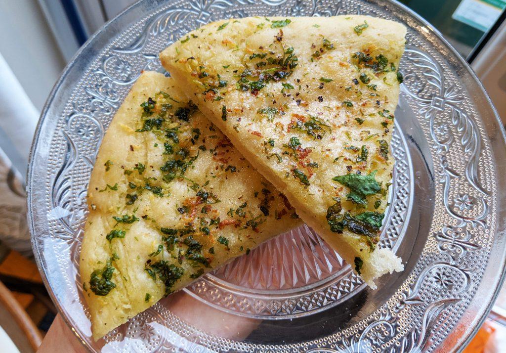gluten free pizza garlic bread slices