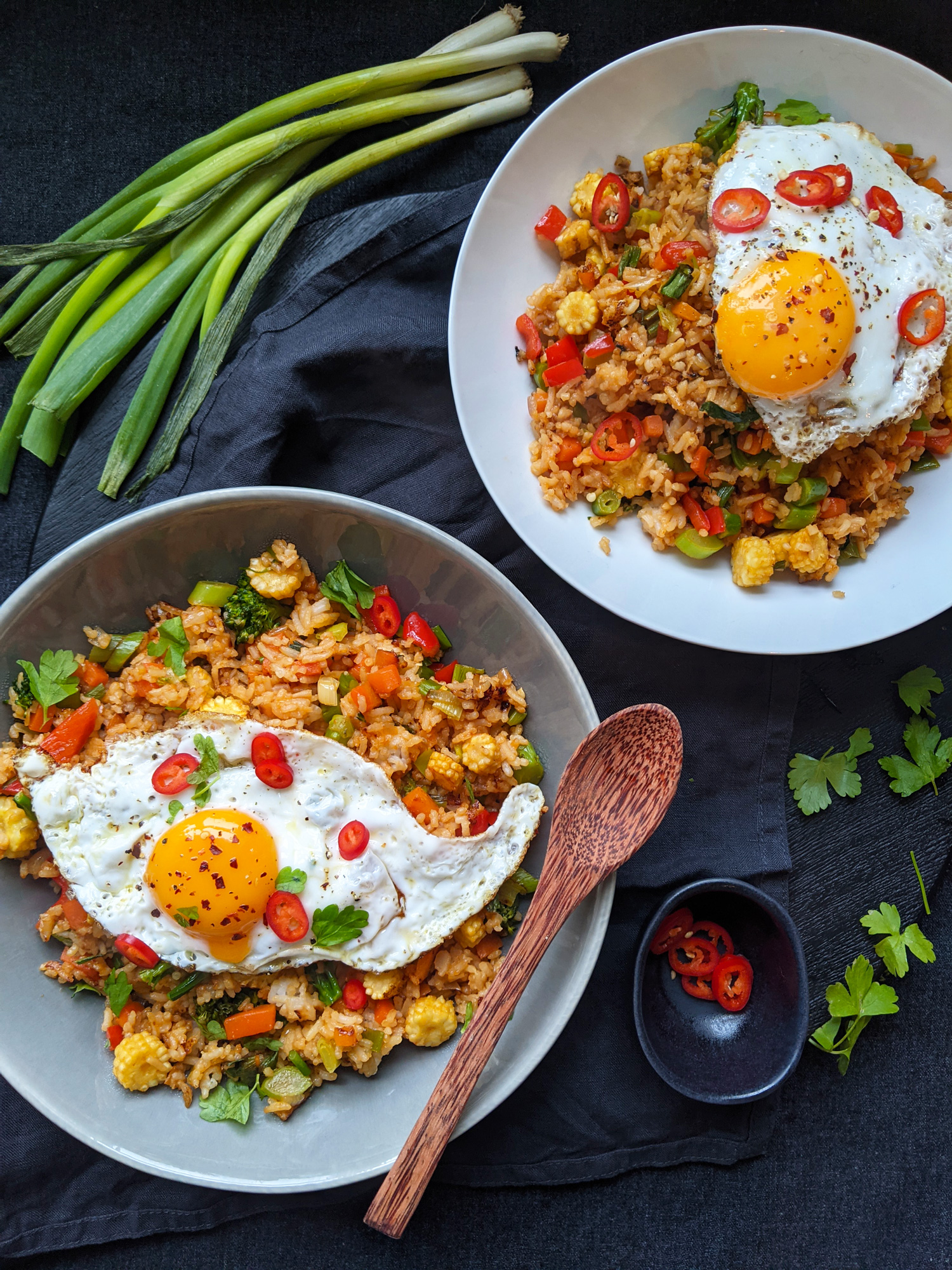 Nasi Goreng - Würziger gebratener Gemüsereis (GF, DF)