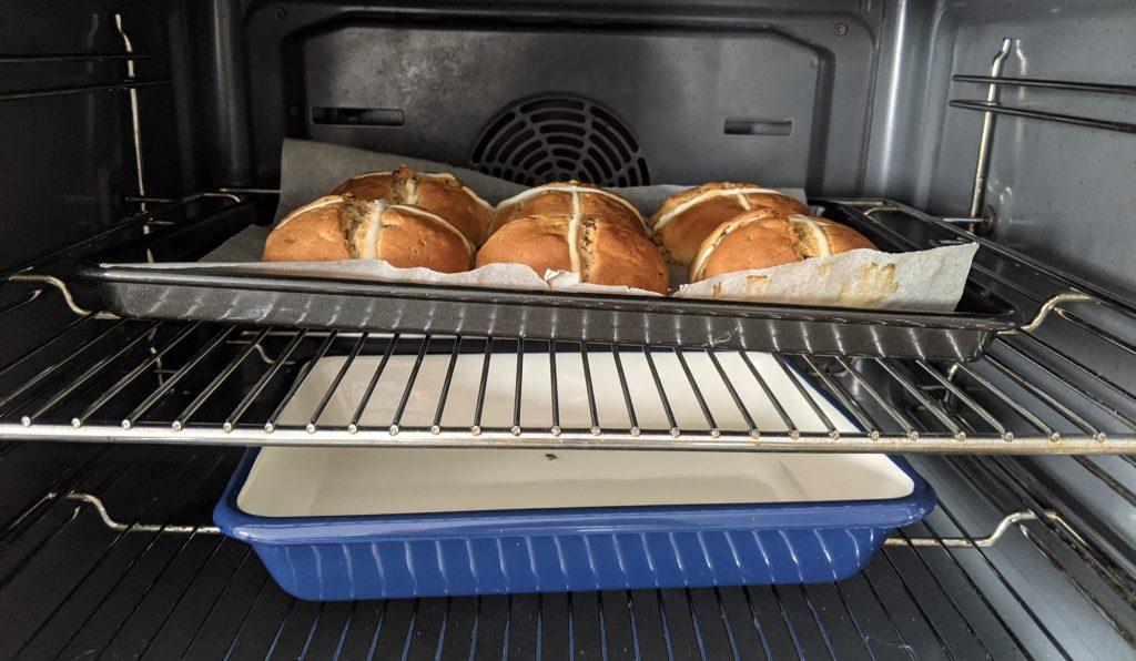 how to bake gluten free hot cross buns
