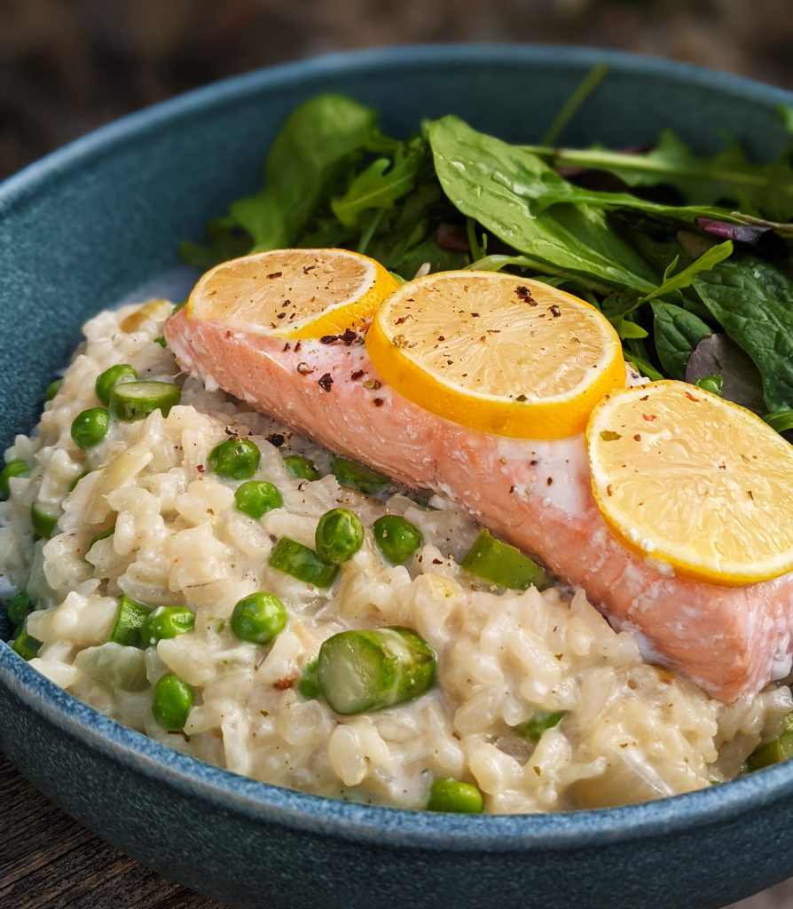 baked salmon with aspargus, pea and mascarpone risotto
