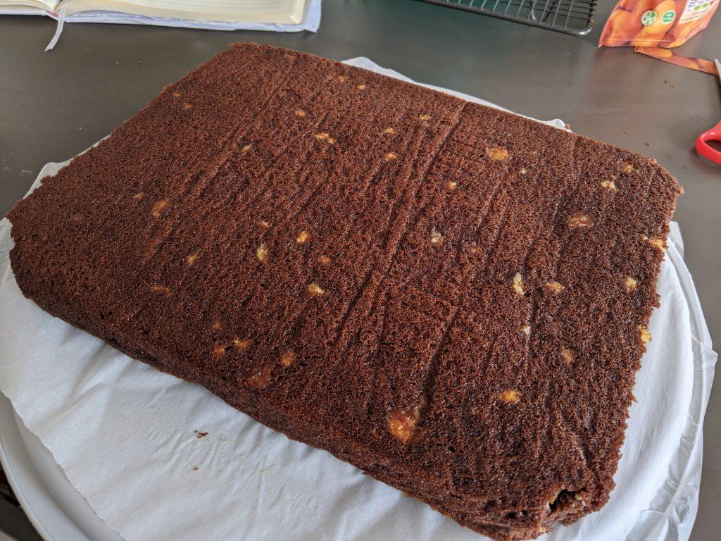 chocolate fudge traybake cake sponge