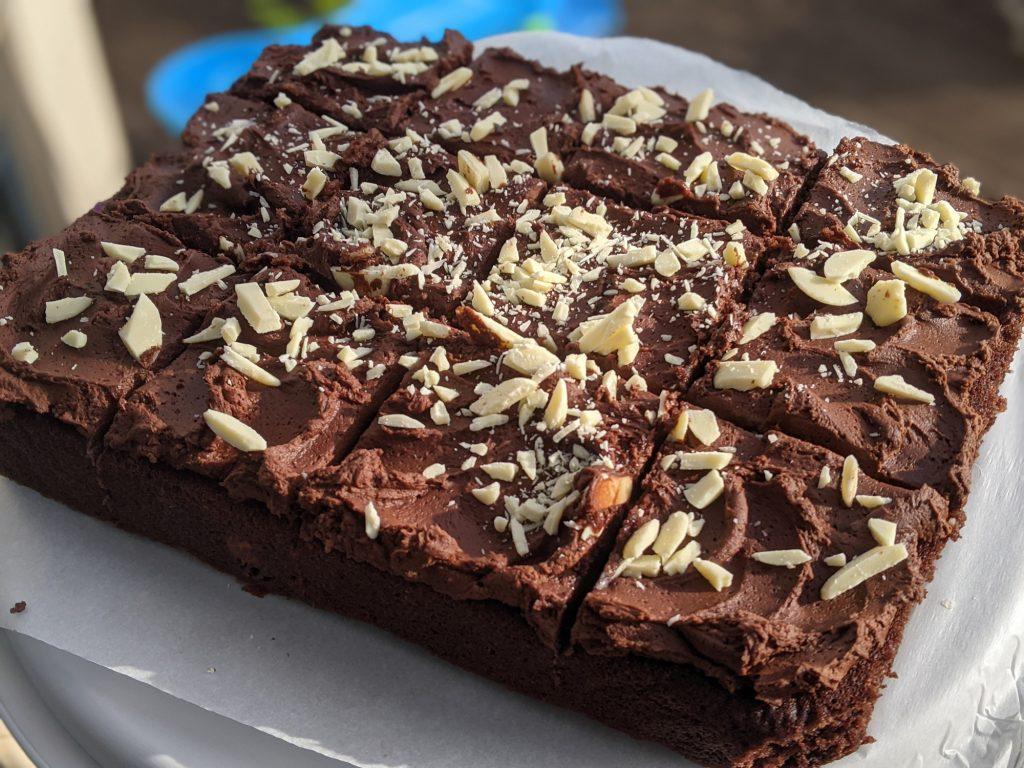 chocolate fudge traybake